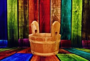wooden-bucket-2100979_640